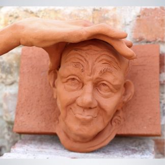 """Skulptur """"WEITBLICK"""" Mauerskulptur Dirk Detlefsen"""