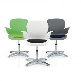 Köhl CALIXO® Design-Schalenstuhl  mit Sitzpolster drehbar auf Gleitern