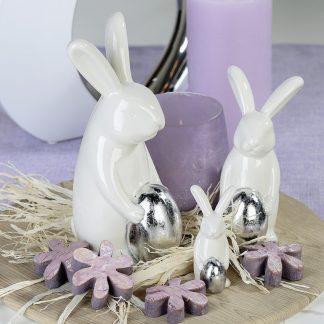Osterhase HARDY mit Ei aus Porzellan H 15 cm