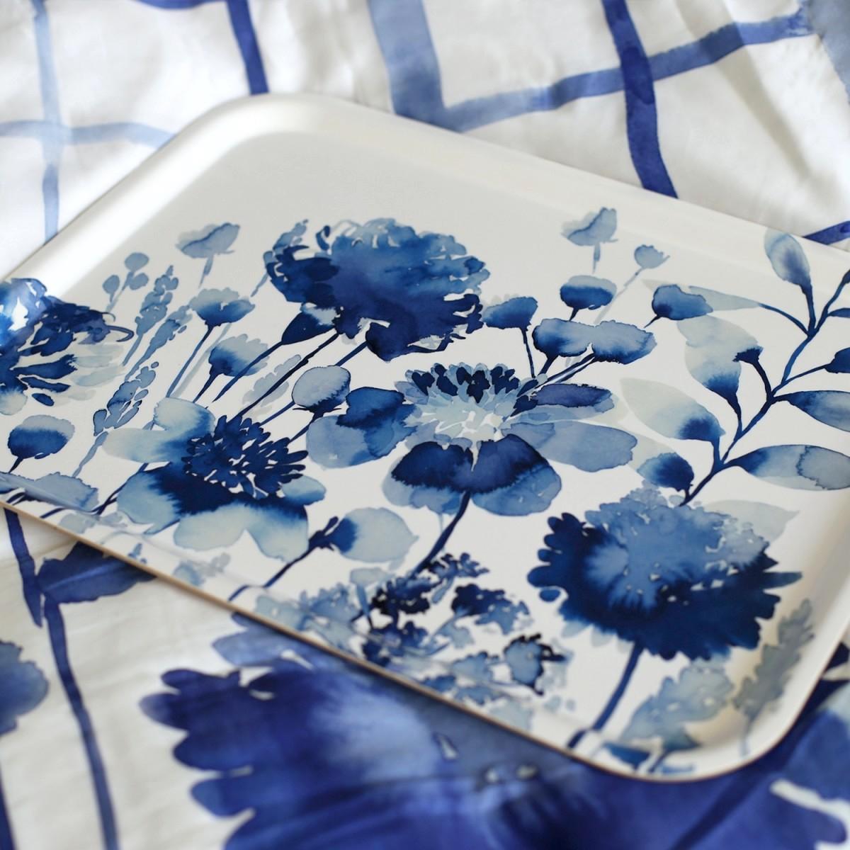 Tablett Bluebellgray CORRAN aus Birkenholz 43 x 33 cm