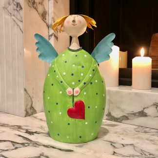 Engel LOTTA mit Herz Pape grün H 30 cm