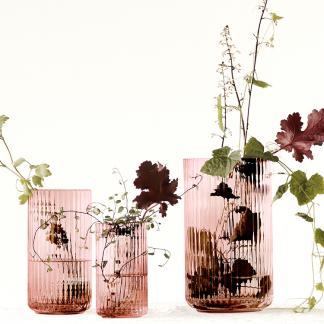 LYNGBY VASEN Lyngby Porzellan H 20 cm Glas burgundy mundgeblasen