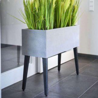 Pflanzkübel / Blumenkasten auf Füßen CARLOTTA grau 77 x 29 cm