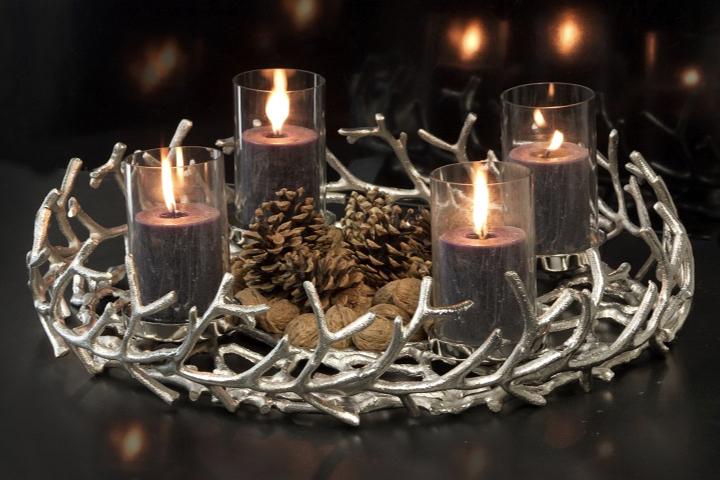 Adventskränze, Kerzenständer & Adventsgestecke